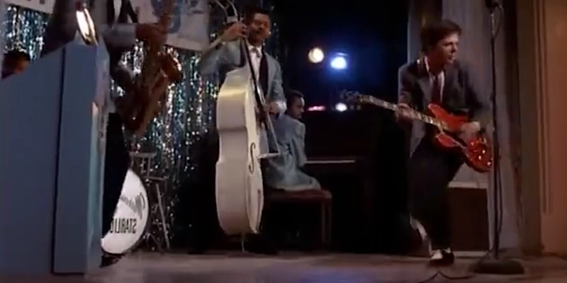 Chuck Berry Dies at Age 90